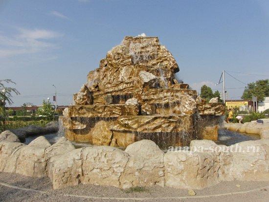 Ацтекский фонтан