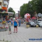 На пересечении улиц Горького и Гребенской