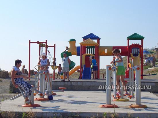 Детские площадки и тренажеры в Анапе