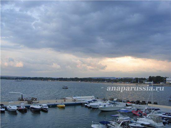 Прокат яхты - отличная возможность разнообразить отдых в Анапе